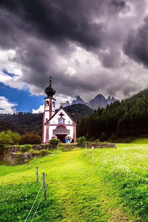 Chiesetta di san Giovanni in Ranui Dolomites Val di Funes Italy landscape