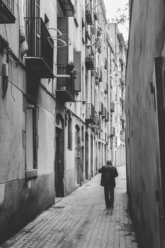 Lonely Barcelona black and white