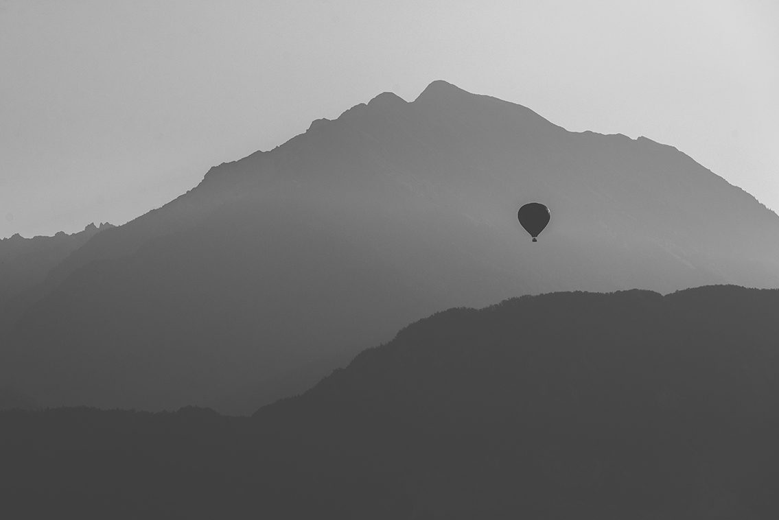 The baloon Bled black and white